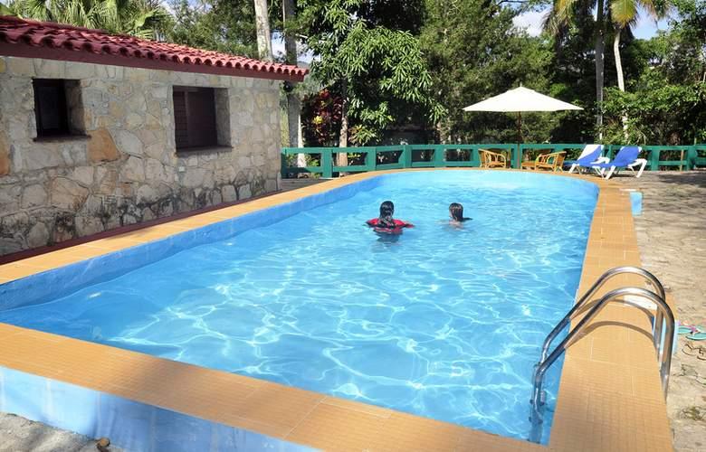 Horizontes Villa Soroa - Pool - 11