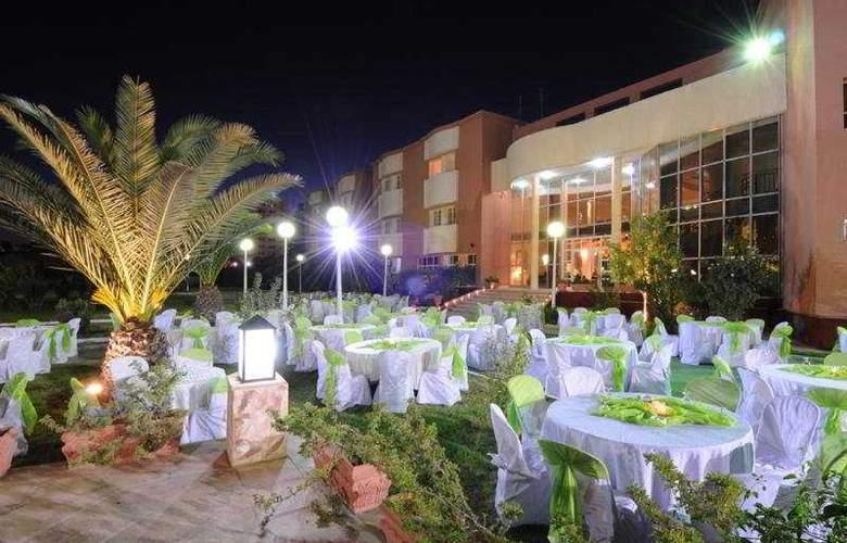 Hotel Du Parc - Restaurant - 7