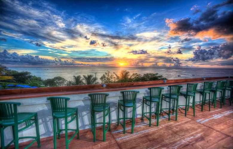 Beach View - Bar - 23