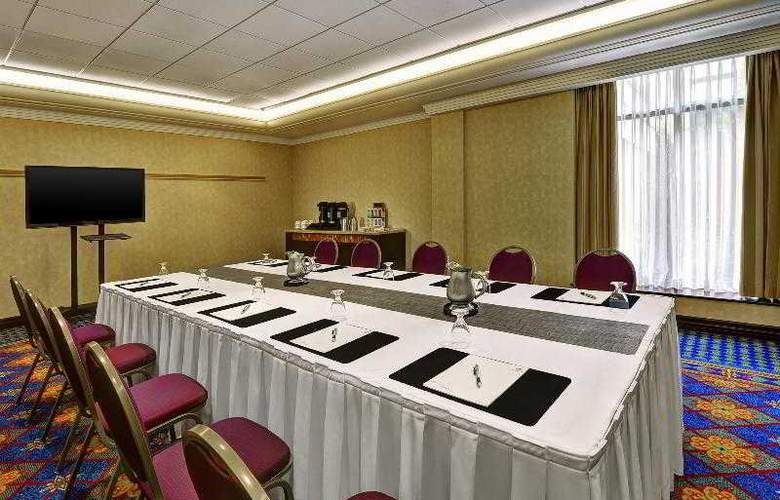 Sheraton Toronto Airport Hotel & Conference Center - Hotel - 14