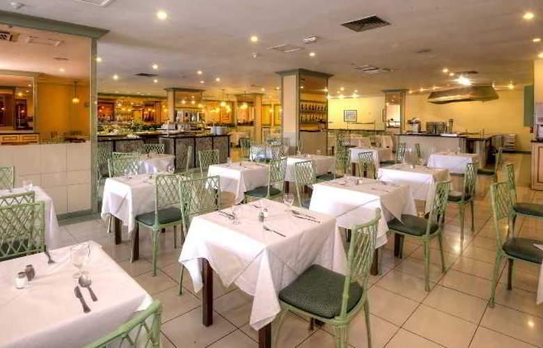 Elegance Dania Park - Restaurant - 11