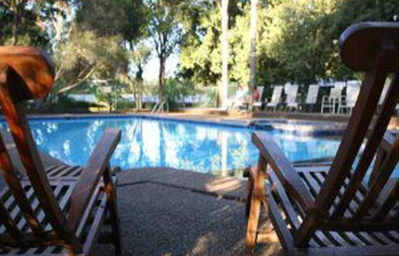 Hunter Valley Resort - Pool - 2