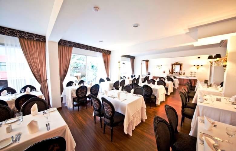 Jose Antonio Lima - Restaurant - 2