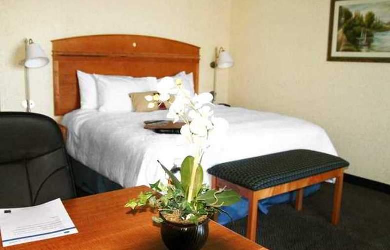 Hampton Inn Dallas-Rockwall - Hotel - 1
