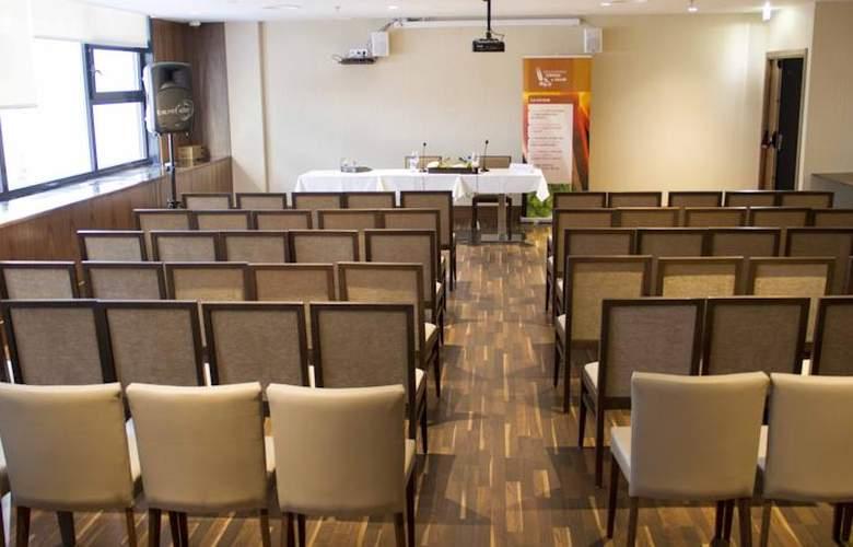Santa Eulalia - Conference - 2