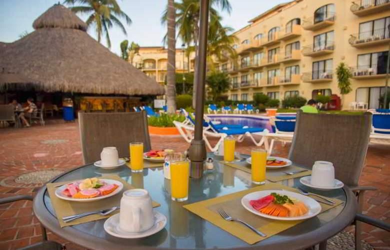 Flamingo Vallarta Hotel & Marina - Restaurant - 44
