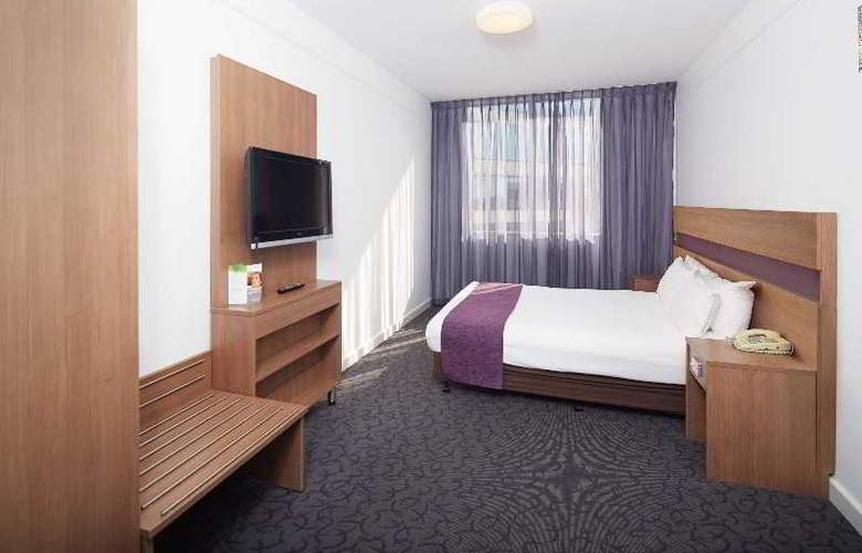 Quality Ambassador Perth - Room - 13