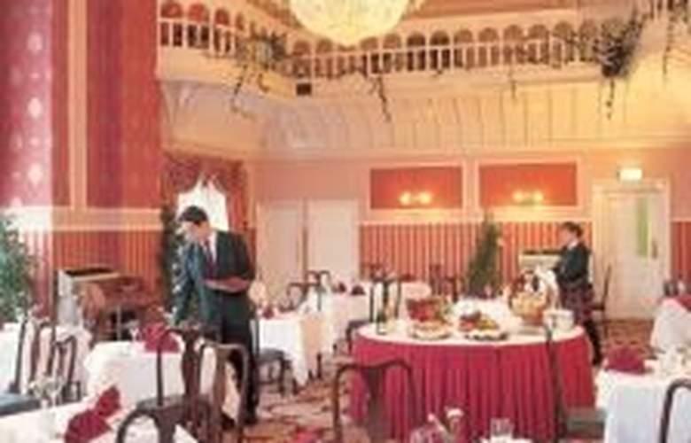 Royal Kings Arms - Restaurant - 4