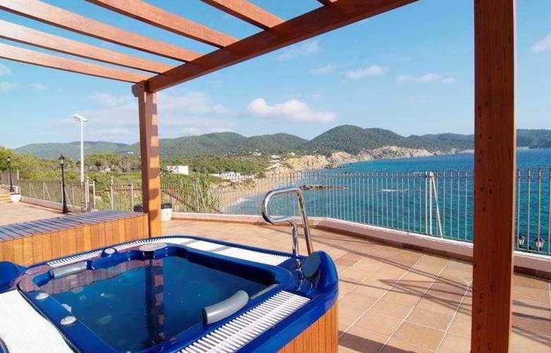 Invisa Hotel Cala Verde - Pool - 2