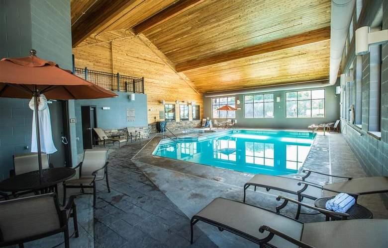 Best Western Ivy Inn & Suites - Pool - 71