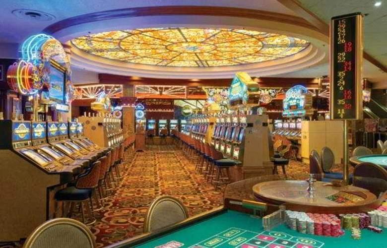 Sam´s Town Hotel & Gambling Hall - Hotel - 4