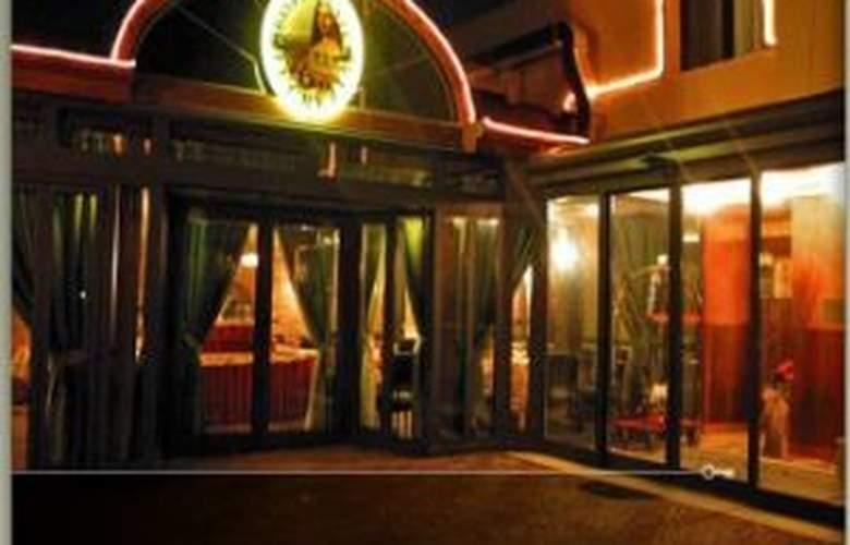 Lucrezia Borgia - Hotel - 0