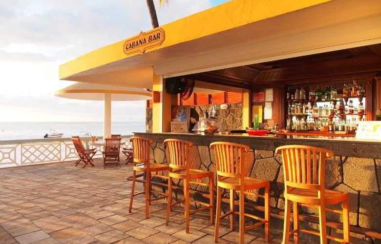 Gold Beach - Bar - 12