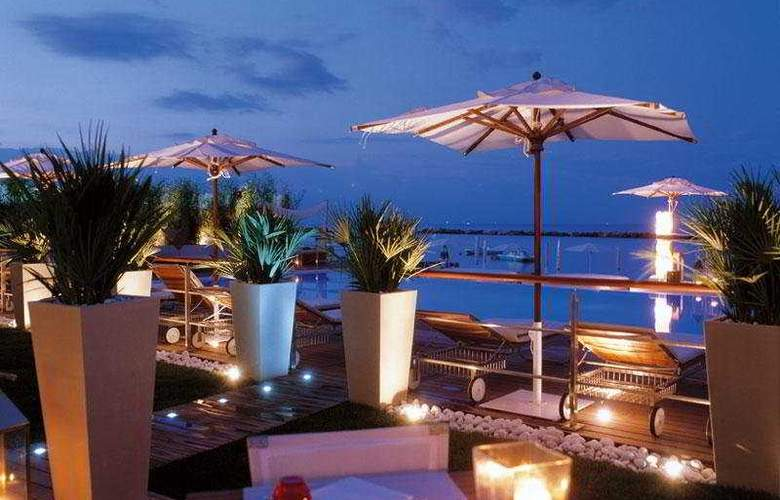 Vistamare Suite Hotel - Lido di Savio - Terrace - 9