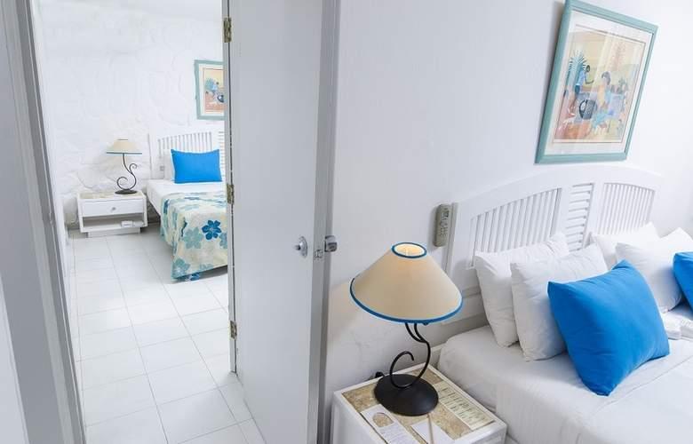 Merville Beach Grand Baie - Room - 11