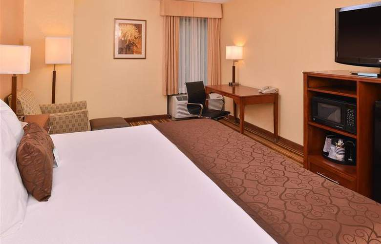 Best Western Plus Richmond Airport Hotel - Room - 99