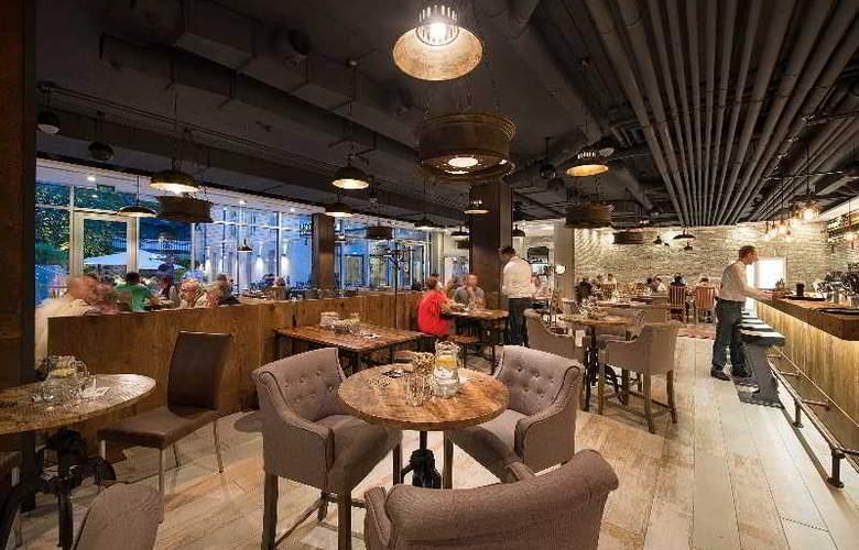 LOFT Bratislava - Restaurant - 5