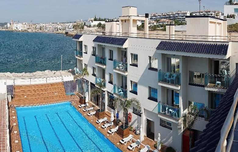 Port Sitges Resort - Pool - 16