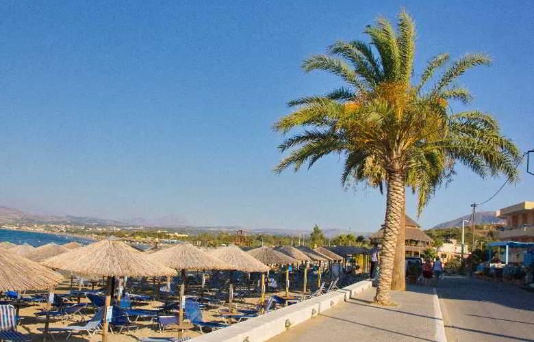 Sun Beach - Hotel - 0