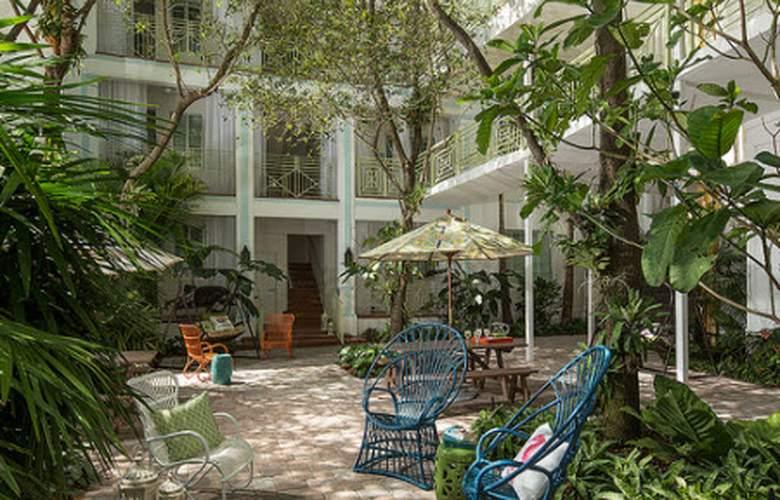 Circa 39 Hotel - Terrace - 5