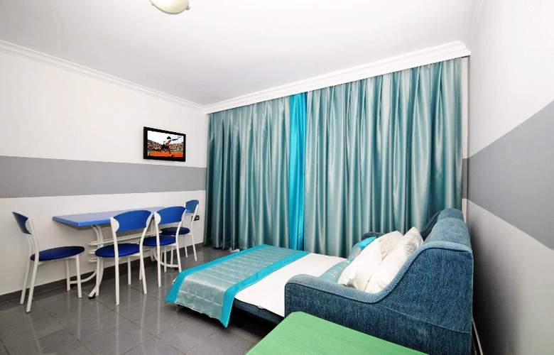 Blue Palace - Room - 0