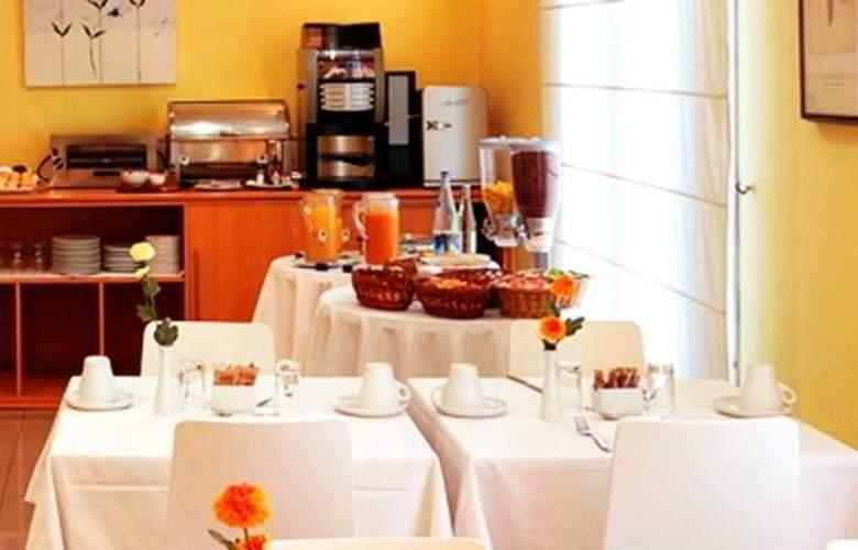 BCN Urban Gran Ducat - Restaurant - 16