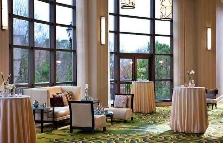 Renaissance Raleigh North Hills Hotel - Hotel - 17