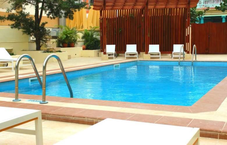 NH Collection Victoria La Habana - Pool - 3