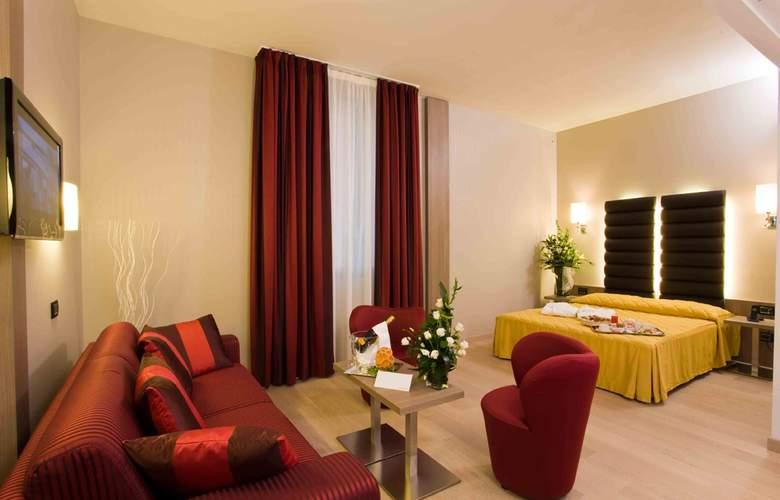 Hotel Cosmopolitan - Room - 8