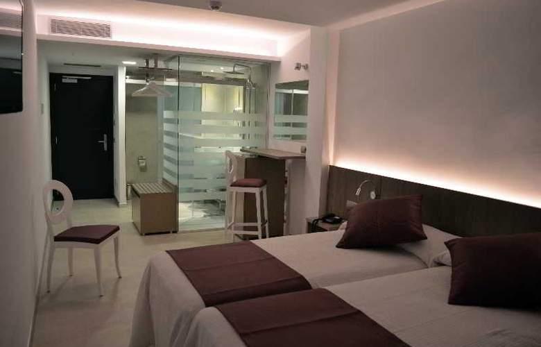 Hotel Apartamentos El Puerto - Room - 4
