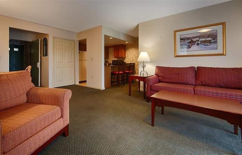 Best Western Plus Inn & Suites - Room - 18