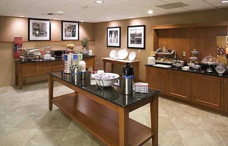 Hampton Inn & Suites Tulare - Hotel - 9