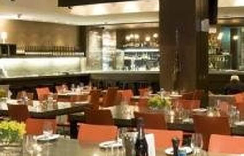 Causeway 353 - Restaurant - 9
