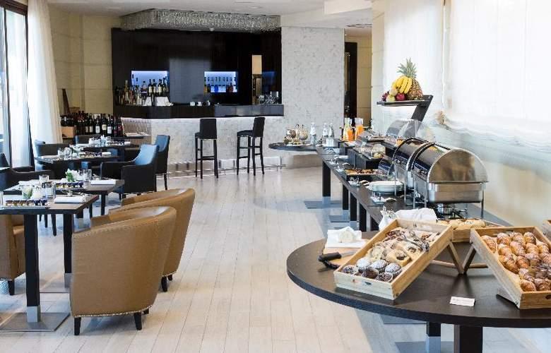 Grand Hotel Ritz - Restaurant - 2