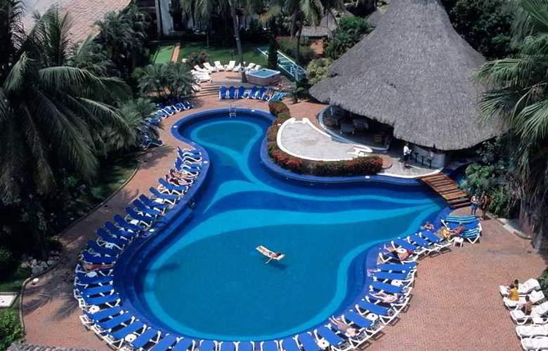 Hacienda Hotel & Spa - Pool - 6