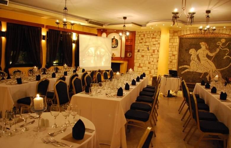 Athena Pallas Village - Restaurant - 4
