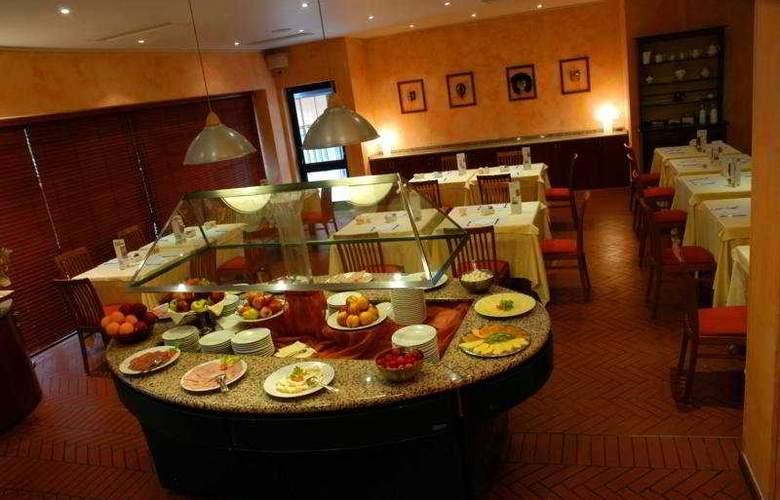 Holiday Inn Venice - Mestre Marghera - Restaurant - 6