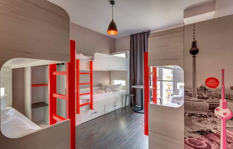 Meininger Berlin Alexanderplatz - Room - 8