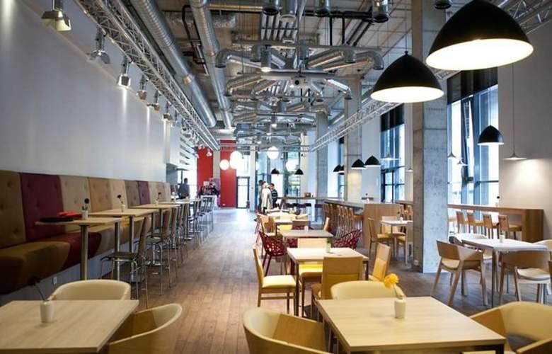 Comfort LT - Rock n Roll Vilnius - Restaurant - 4