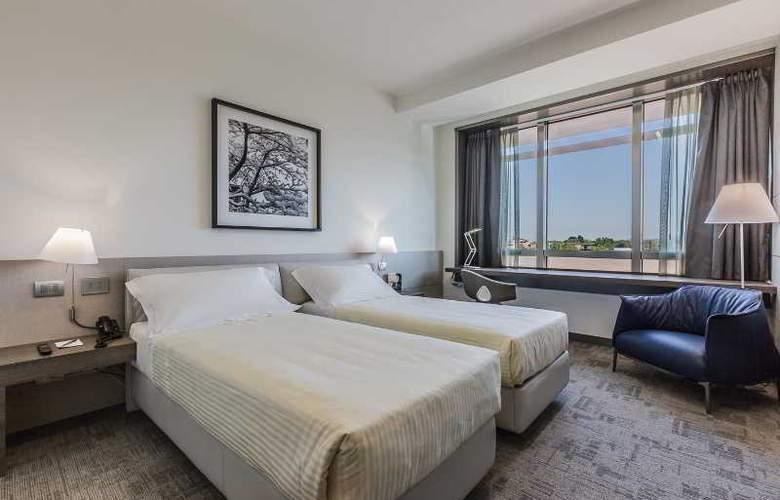 UNAHOTELS San Vitale Bologna - Room - 10