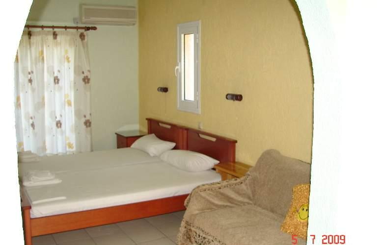 Panorama Fanari Studios & Apartments - Hotel - 8