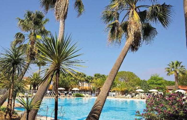 Pierre et Vacances Villages Clubs Cannes Mandelieu - Pool - 33