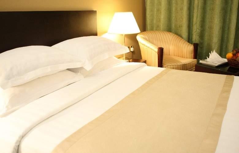 Merweb Hotel Al Sadd - Room - 3