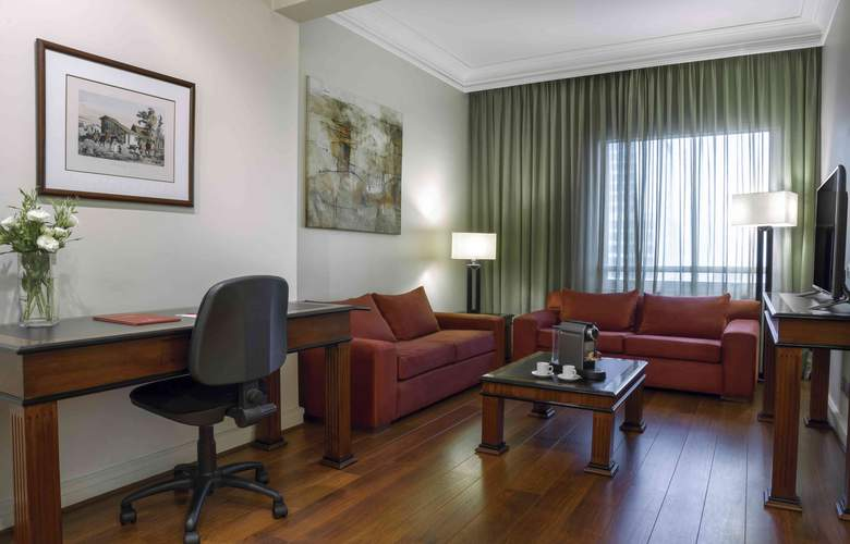 NH Collection Plaza Santiago - Room - 8