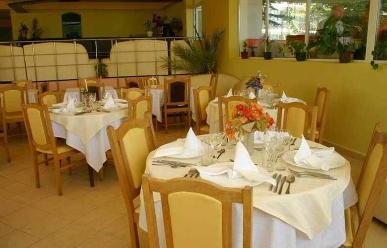 Alen Mak 7 - Restaurant - 5