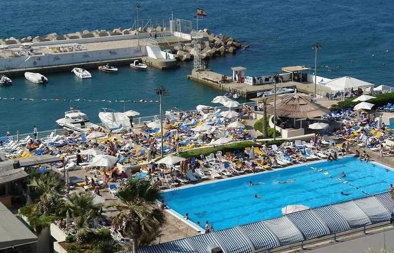 Riviera - Pool - 10