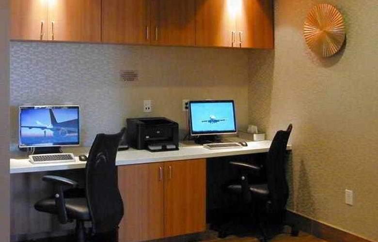SpringHill Suites Las Vegas North Speedway - Hotel - 19