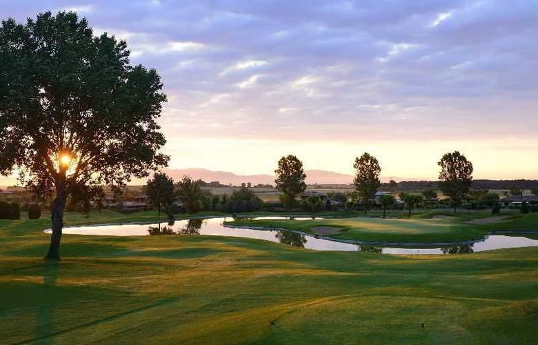 Torremirona Golf & Spa Resort - Hotel - 11