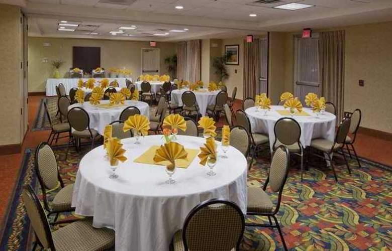 Hilton Garden Inn Ontario/Rancho Cucamonga - Hotel - 3