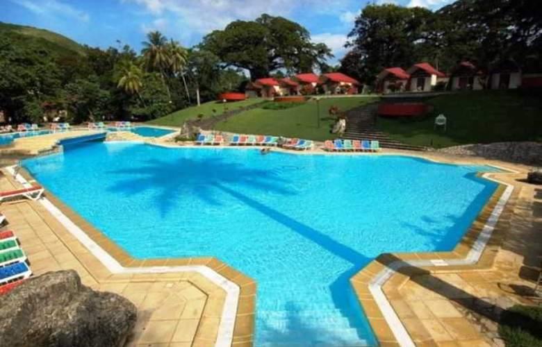 Horizontes Villa Soroa - Pool - 10